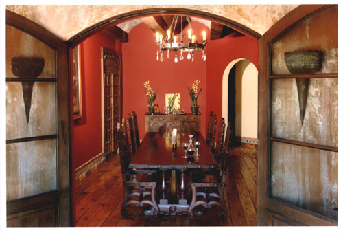 Renaissance spanish colonial revival furniture old world for Home decor 91304